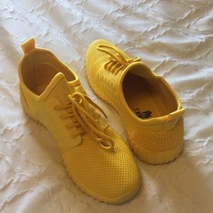 Shoes - Yellow sneakers